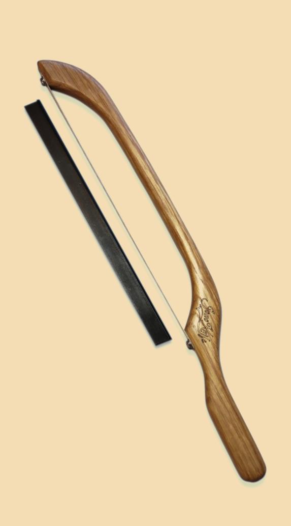JonoKnife Oak bread knife  with safety guard